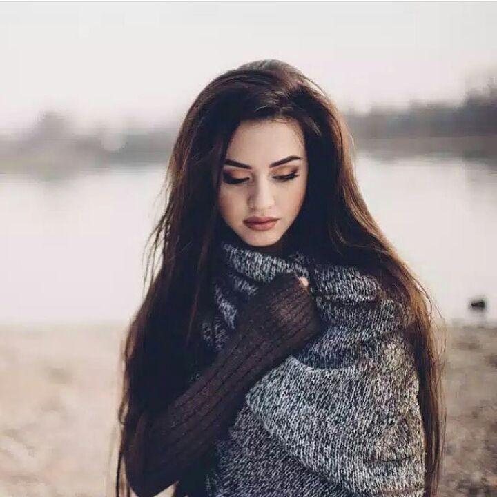 بالصور حسناء يمنية تقلب مواقع التواصل الاجتماعي بجمالها فتصبح عارضة أزياء