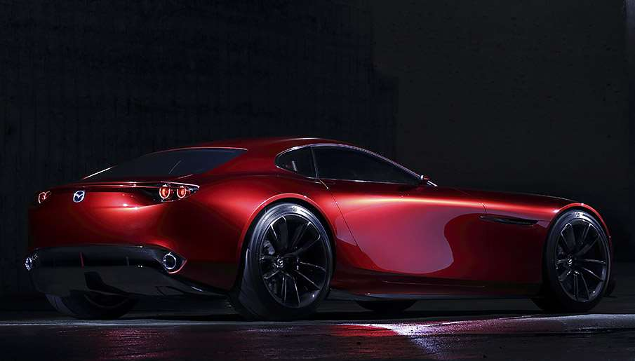 سيارة مازدا RX الرياضية