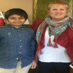 طفل سعودي ينال إعجاب الإعلام الأمريكي ووسام الشجاعة