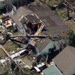 """الإعصار مايكل يدمر بلدة أمريكية بقوة """"أم القنابل"""""""