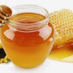 نقطة ماء تكشف سر العسل الأصلى من المغشوش