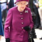 """ملكة بريطانيا تتدخل لإنهاء """"الحرب المزعومة"""" بين كيت وميغان!"""