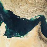 واشنطن ترد على تصريحات إيران وتحذر من تهديد الملاحة في هرمز وباب المندب