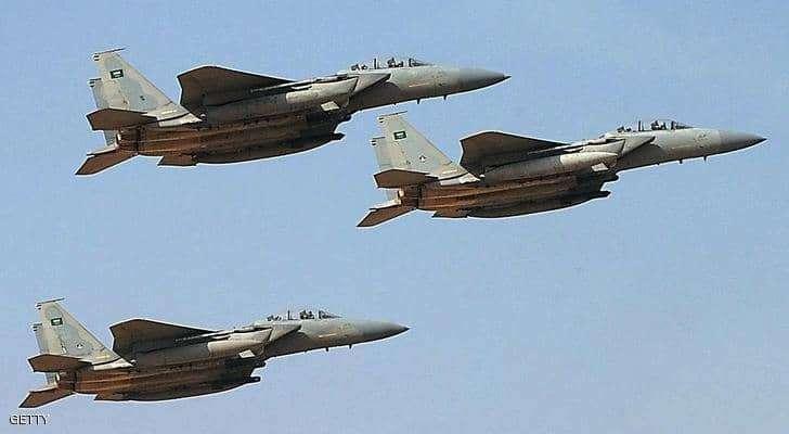 """الدفاع الجوي السعودي يعترض """"أهدافا معادية"""" بجدة والطائف"""