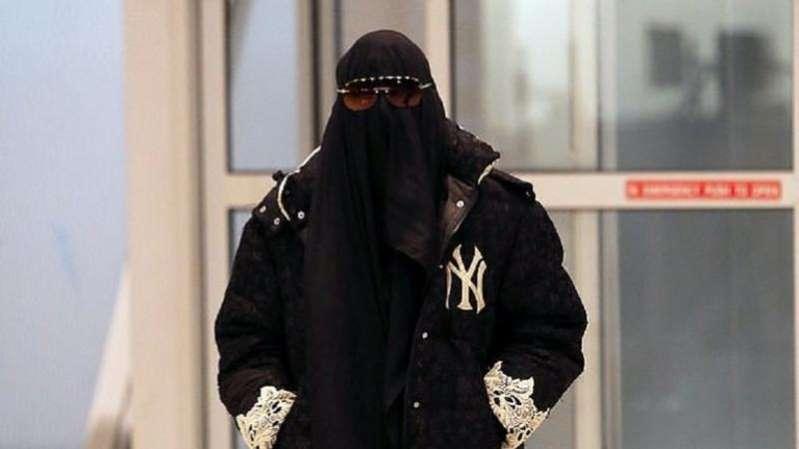 مادونا ترتدي النقاب في نهار رمضان وتثير الجدل حول سخريتها من المسلمين