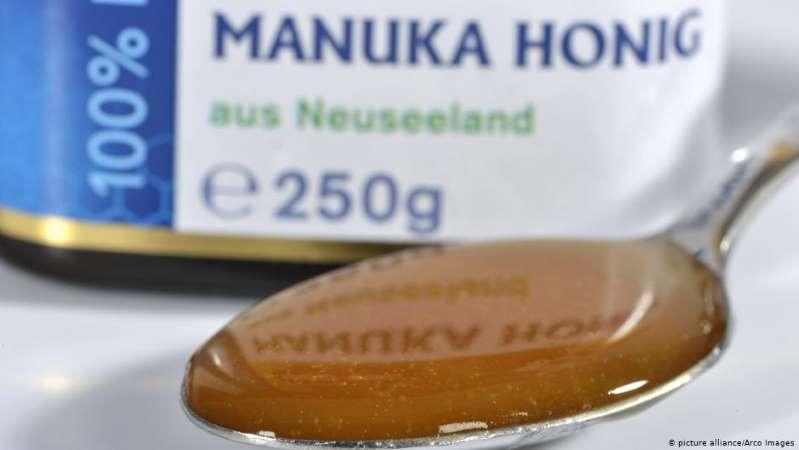 ما هو عسل المانوكا ولماذا يعتبر الأغلى في العالم؟