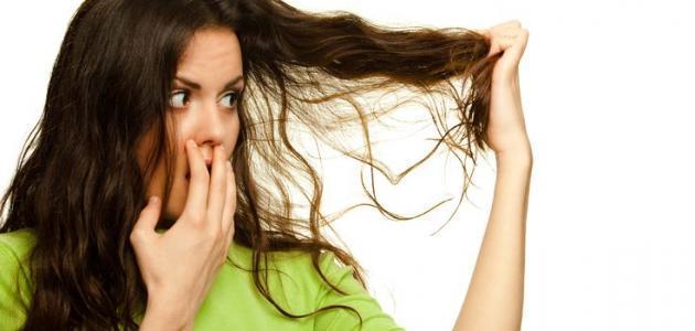 أفضل وصفات لإزالة رائحة الشعر