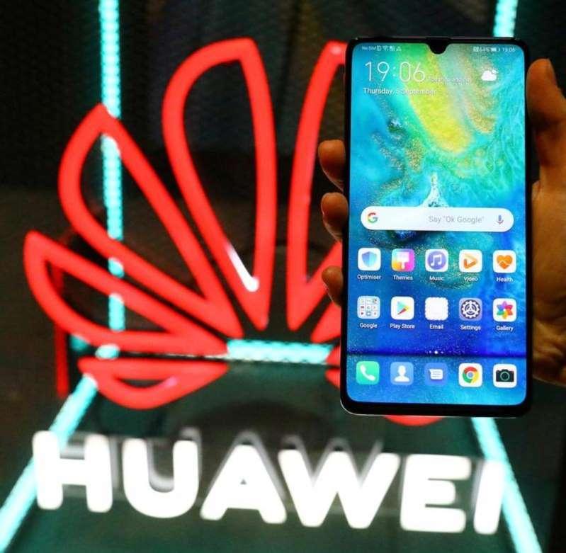 هواوي تطلق هاتفها الجديد ميت إكس القابل للطي في الصين