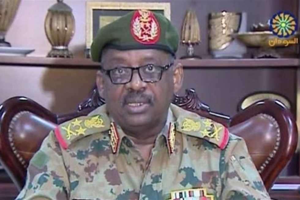 وفاة وزير الدفاع السوداني أثناء زيارته لجنوب السودان